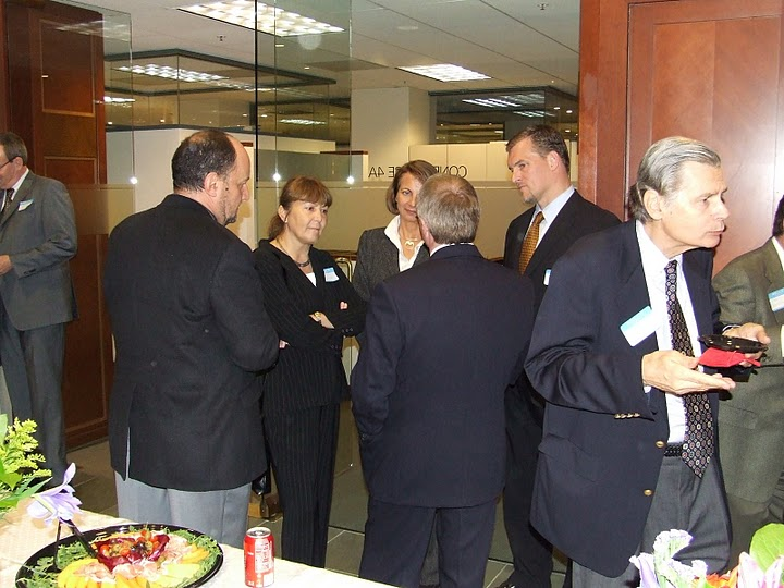 The visit of Monica Macovei at the Honorary Consulate in San Francisco, November 2007.