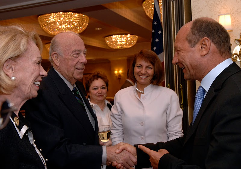 President Basescu meeting former U.S. Secretary of State George Shultz and Mrs. Charlotte Shultz, September 15, 2005